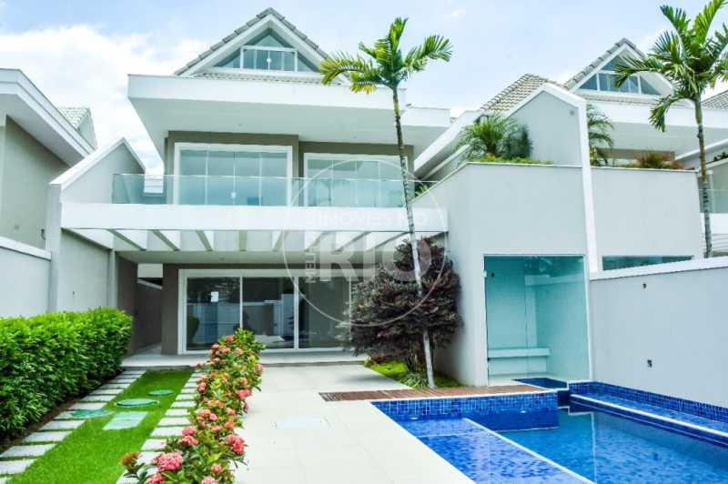 Melhores Imóveis no Rio - Casa no Condomínio Blue Houses - CB0307 - 1