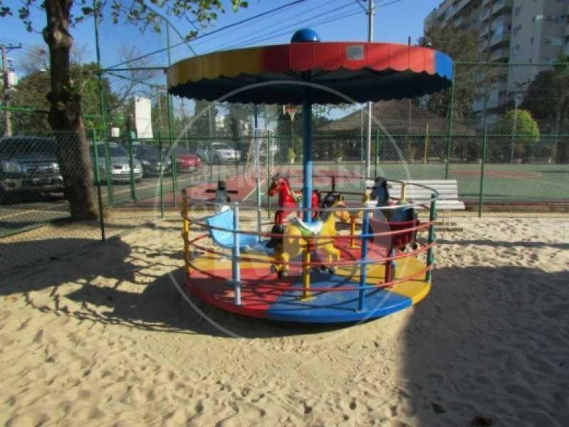 Melhores Imóveis no Rio - COND. INTERLAGOS DE ITAÚNA - CB0358 - 25