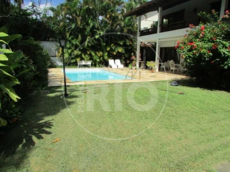 Melhores Imóveis no Rio - Casa 5 quartos no Condomínio Santa Helena - CB0377 - 3