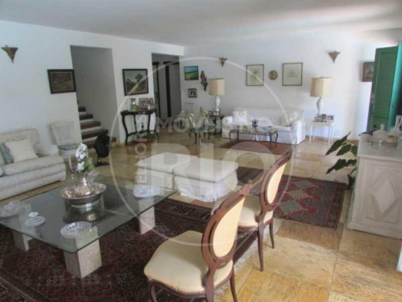 Melhores Imóveis no Rio - Casa 5 quartos no Condomínio Santa Helena - CB0377 - 10