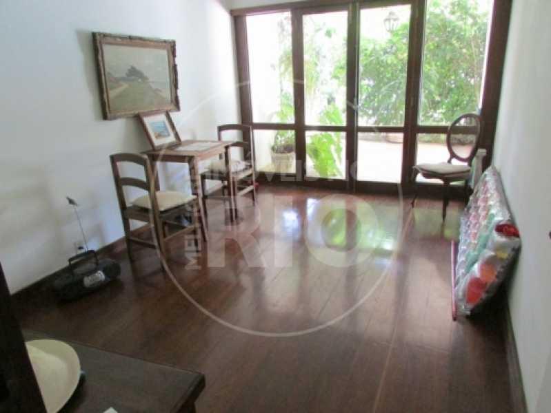Melhores Imóveis no Rio - Casa 5 quartos no Condomínio Santa Helena - CB0377 - 11