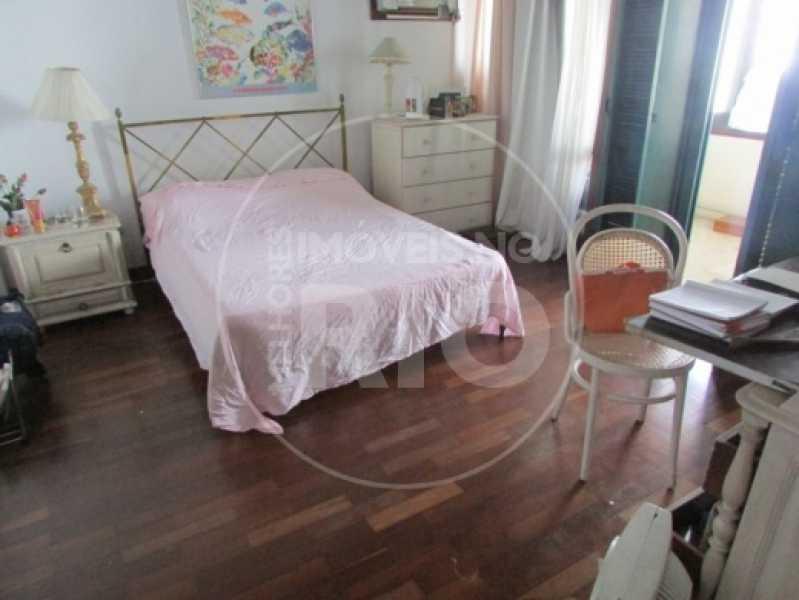 Melhores Imóveis no Rio - Casa 5 quartos no Condomínio Santa Helena - CB0377 - 14