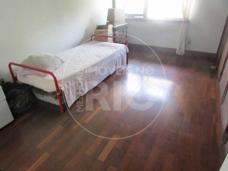 Melhores Imóveis no Rio - Casa 5 quartos no Condomínio Santa Helena - CB0377 - 15