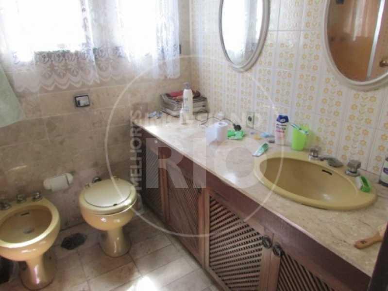Melhores Imóveis no Rio - Casa 5 quartos no Condomínio Santa Helena - CB0377 - 18