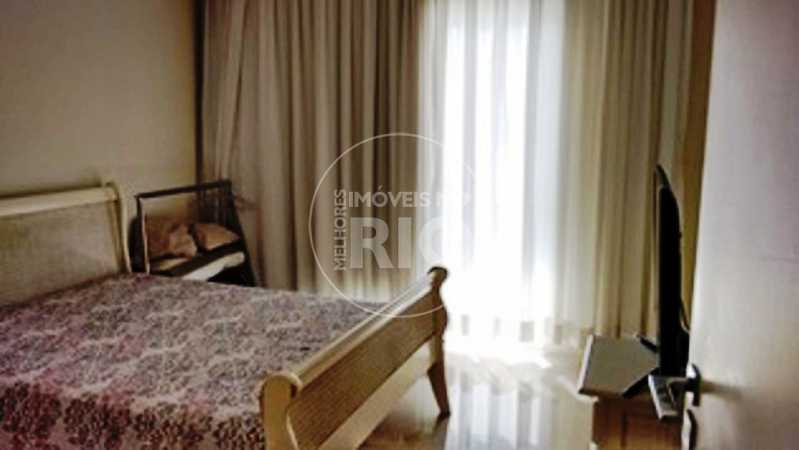 Melhores Imóveis no Rio - Casa 6 quartos no Condomínio Interlagos de Itaúna - CB0378 - 10