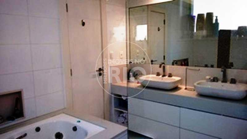 Melhores Imóveis no Rio - Casa 6 quartos no Condomínio Interlagos de Itaúna - CB0378 - 12
