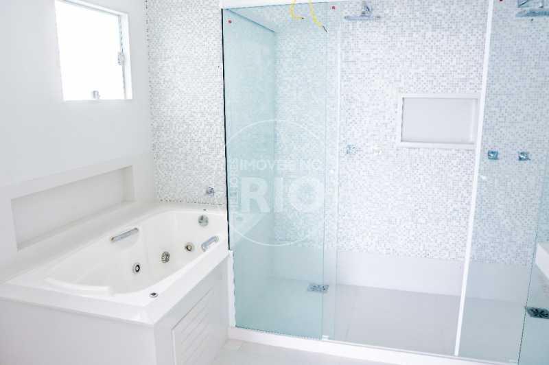 Melhores Imóveis no Rio - CASA NO CONDOMÍNIO BLUE HOUSES - CB0404 - 17