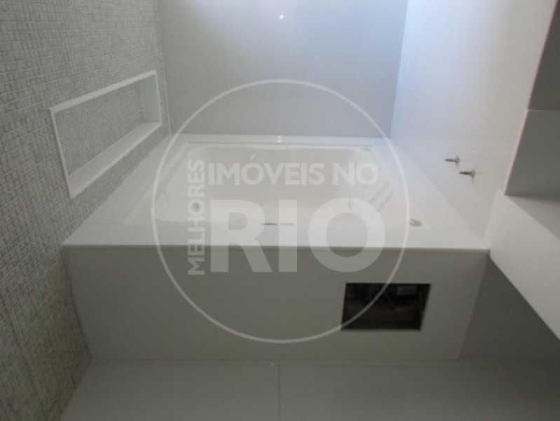 Melhores Imóveis no Rio - Casa 5 quartos no Condomínio Mansões - CB0409 - 24
