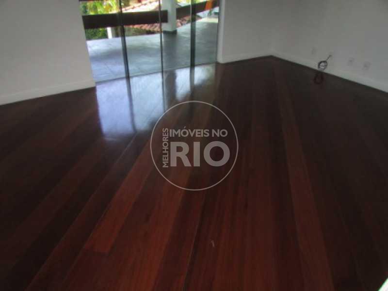 Melhores Imóveis no Rio - COND. VILLAGE MARAPENDI - CB0468 - 11
