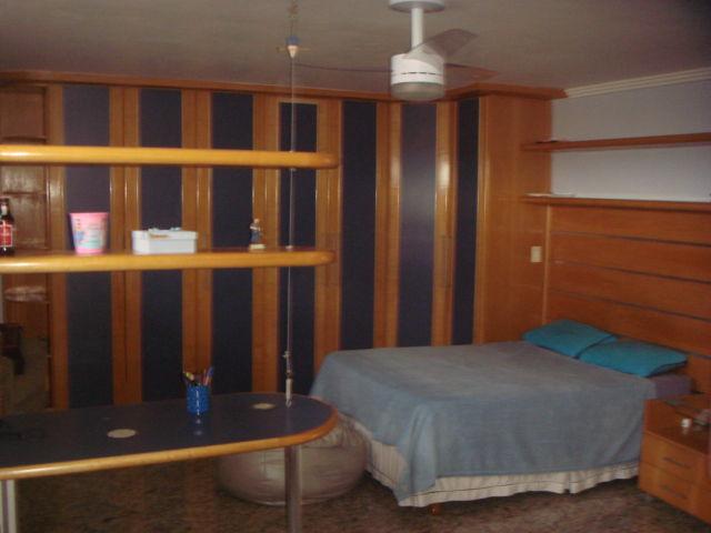 FOTO 23 - Casa em Condomínio à venda Rua Porto Salvo,Vila Valqueire, Rio de Janeiro - R$ 2.500.000 - RF230 - 24
