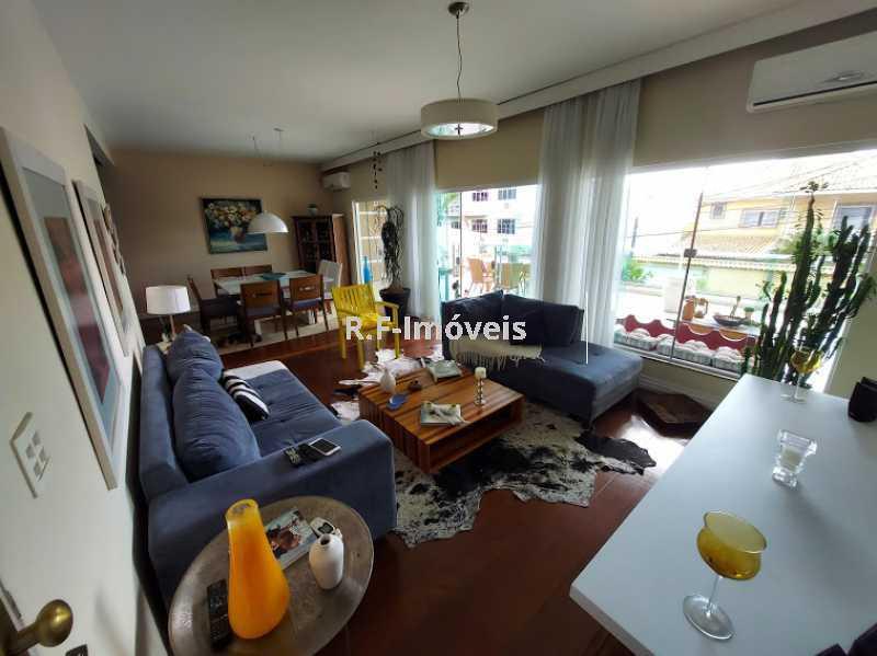 20210518_103656 - Casa em Condomínio à venda Rua Porto Salvo,Vila Valqueire, Rio de Janeiro - R$ 1.900.000 - RF243 - 4
