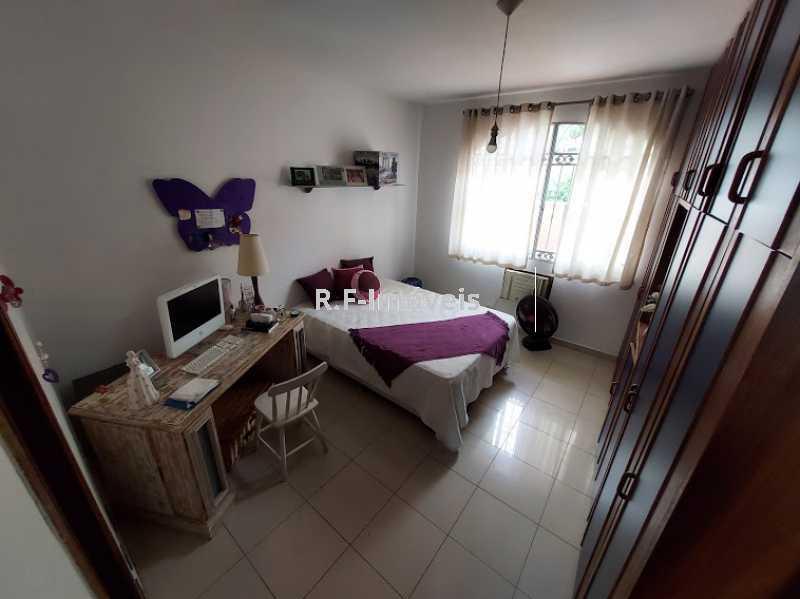 20210518_104607 - Casa em Condomínio à venda Rua Porto Salvo,Vila Valqueire, Rio de Janeiro - R$ 1.900.000 - RF243 - 15