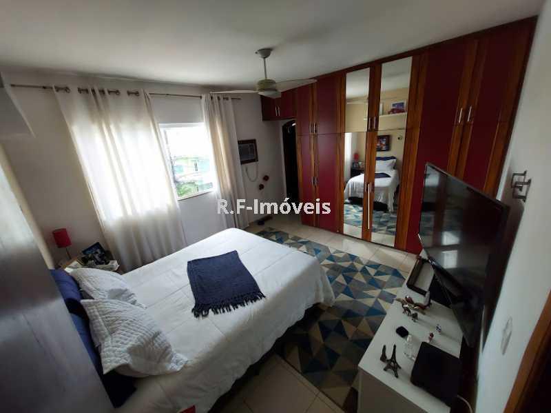 20210518_104811 - Casa em Condomínio à venda Rua Porto Salvo,Vila Valqueire, Rio de Janeiro - R$ 1.900.000 - RF243 - 19
