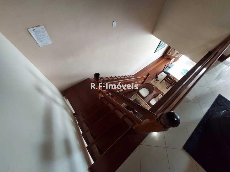20210518_105120 - Casa em Condomínio à venda Rua Porto Salvo,Vila Valqueire, Rio de Janeiro - R$ 1.900.000 - RF243 - 23