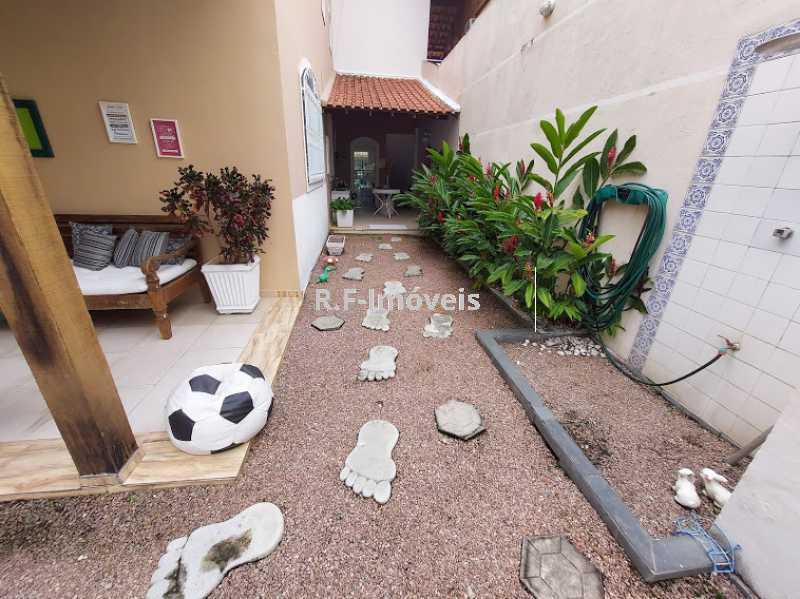 20210518_105219 - Casa em Condomínio à venda Rua Porto Salvo,Vila Valqueire, Rio de Janeiro - R$ 1.900.000 - RF243 - 24