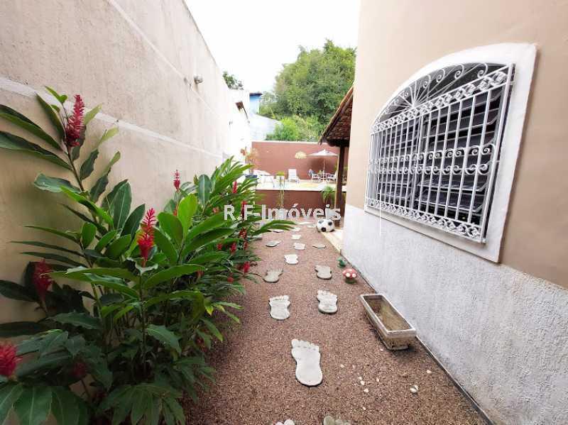 20210518_105244 - Casa em Condomínio à venda Rua Porto Salvo,Vila Valqueire, Rio de Janeiro - R$ 1.900.000 - RF243 - 26