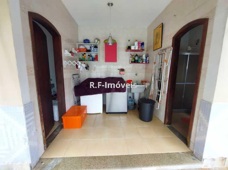 20210518_105351 - Casa em Condomínio à venda Rua Porto Salvo,Vila Valqueire, Rio de Janeiro - R$ 1.900.000 - RF243 - 29