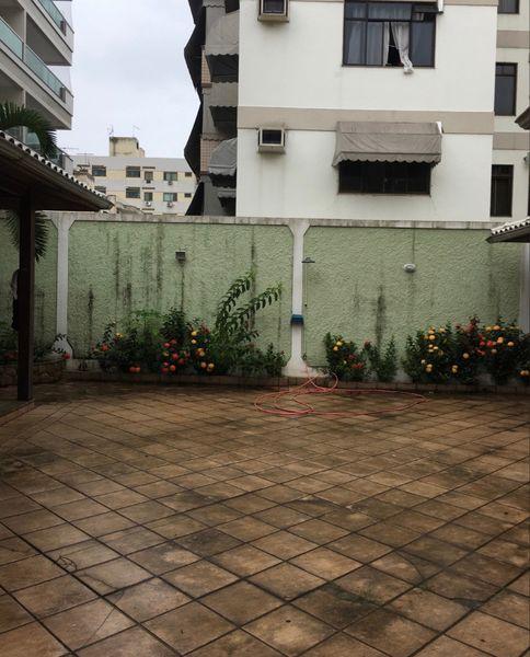 FOTO 18 - Casa em Condomínio à venda Rua Águas Mornas,Vila Valqueire, Rio de Janeiro - R$ 1.500.000 - RF206 - 19