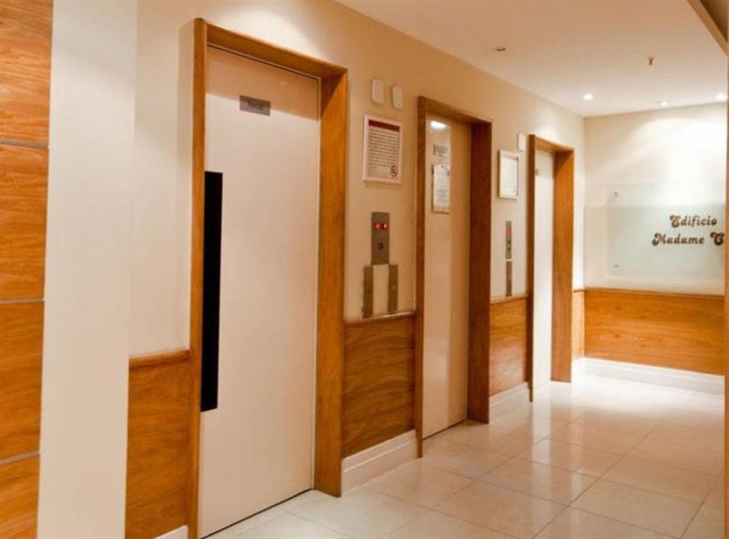 Hall elevadores - Fachada - Residencial Tijuca - 33 - 4