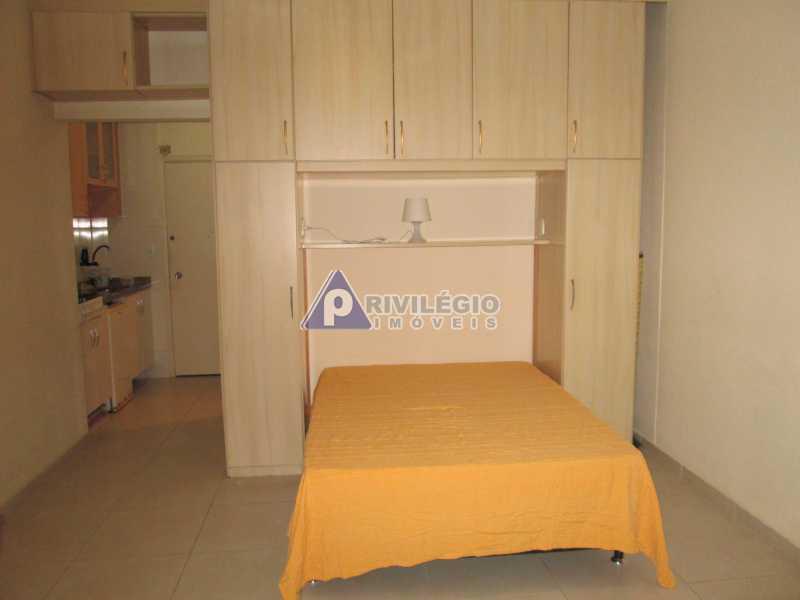 IMG_8695 - Copacabana - Próximo metrô Cardeal Arcoverde - Conjugadão reformado e mobiliado - BTKI00181 - 8