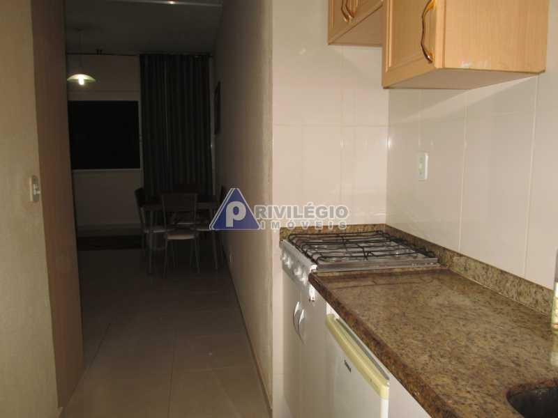 IMG_8702 - Copacabana - Próximo metrô Cardeal Arcoverde - Conjugadão reformado e mobiliado - BTKI00181 - 15