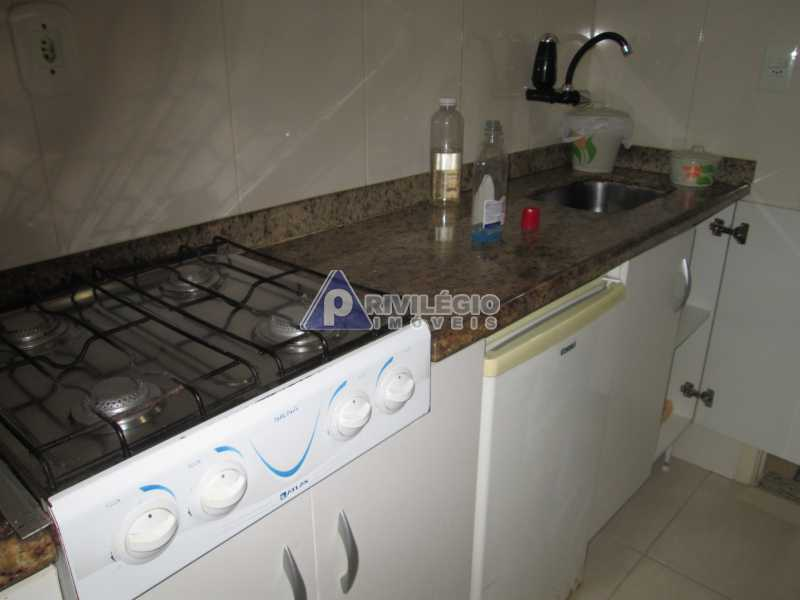 IMG_8711 - Copacabana - Próximo metrô Cardeal Arcoverde - Conjugadão reformado e mobiliado - BTKI00181 - 21