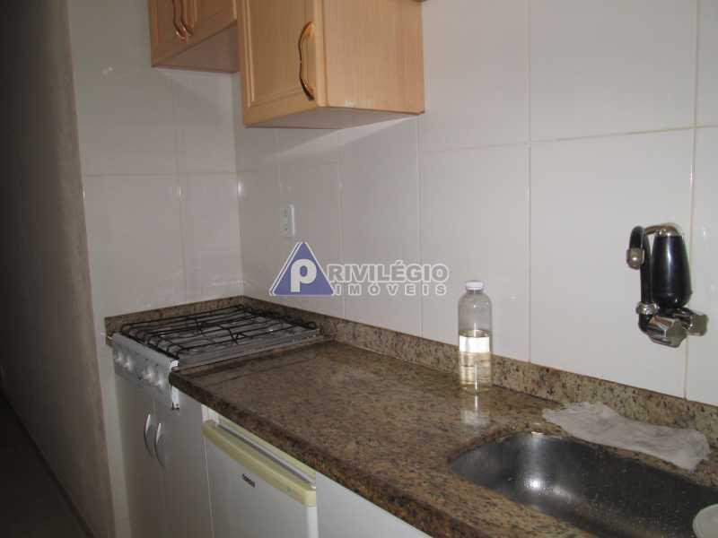 IMG_8714 - Copacabana - Próximo metrô Cardeal Arcoverde - Conjugadão reformado e mobiliado - BTKI00181 - 23