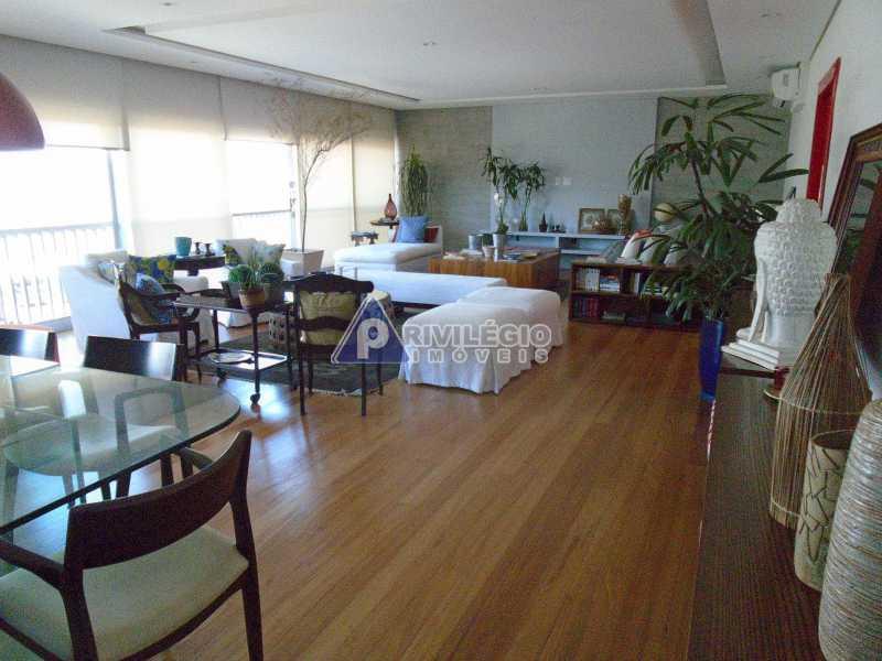 DSC08072 - Botafogo - Espetacular apartamento com vista Baía de Guanabara, totalmente reformado por Arquiteto, 4 quartos com 2 vagas de garagem. - LOAP40001 - 4
