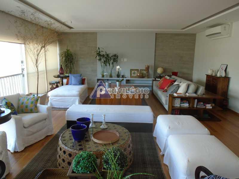 DSC08073 - Botafogo - Espetacular apartamento com vista Baía de Guanabara, totalmente reformado por Arquiteto, 4 quartos com 2 vagas de garagem. - LOAP40001 - 3