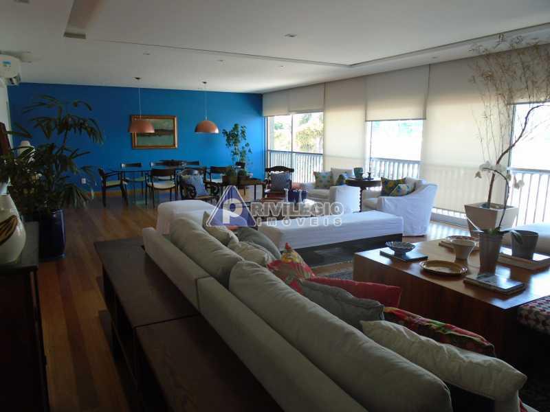 DSC08075 - Botafogo - Espetacular apartamento com vista Baía de Guanabara, totalmente reformado por Arquiteto, 4 quartos com 2 vagas de garagem. - LOAP40001 - 6