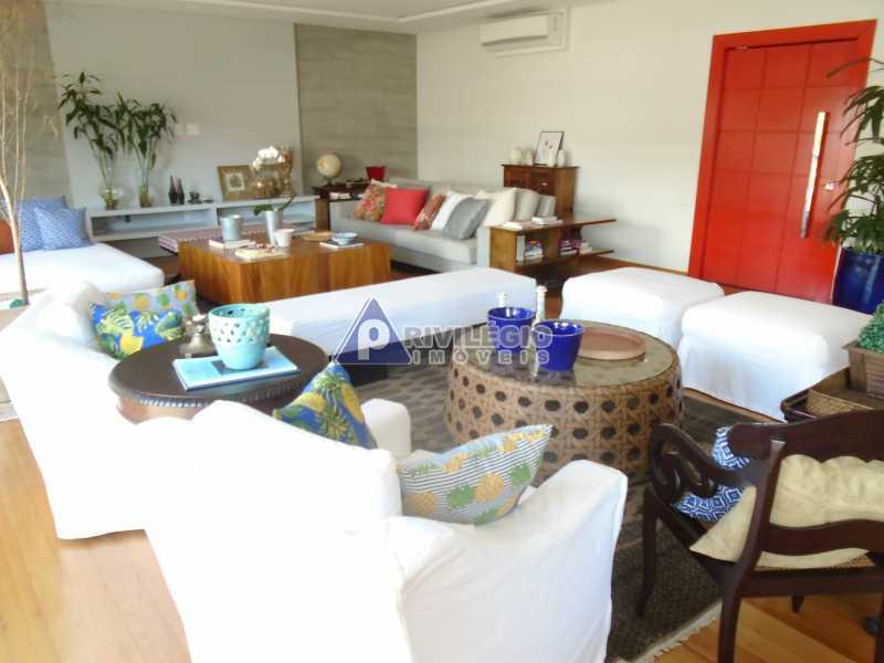 DSC08080 - Botafogo - Espetacular apartamento com vista Baía de Guanabara, totalmente reformado por Arquiteto, 4 quartos com 2 vagas de garagem. - LOAP40001 - 7