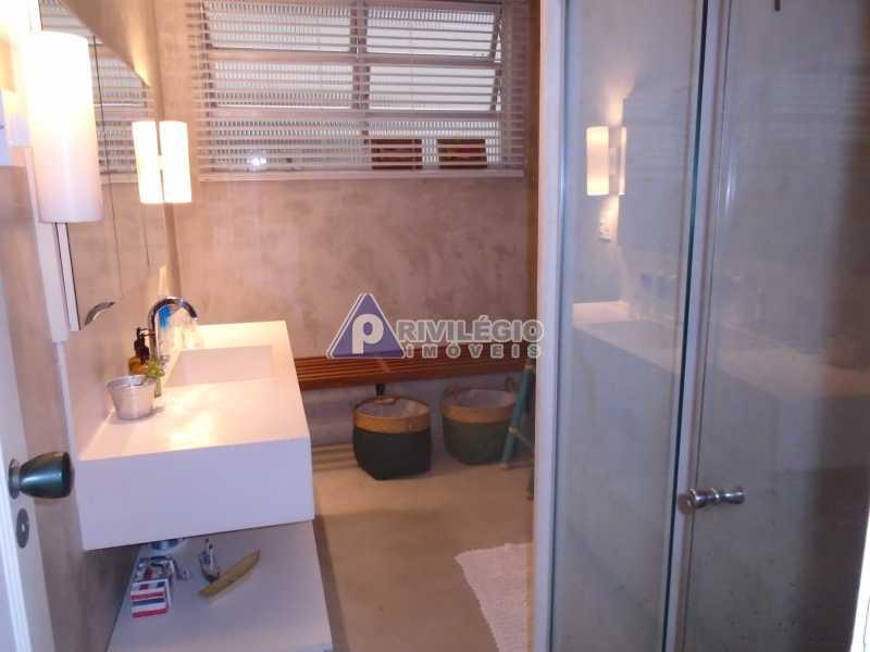 DSC08093 - Botafogo - Espetacular apartamento com vista Baía de Guanabara, totalmente reformado por Arquiteto, 4 quartos com 2 vagas de garagem. - LOAP40001 - 23