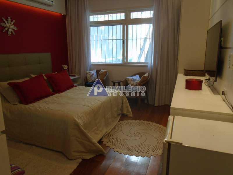 DSC08095 - Botafogo - Espetacular apartamento com vista Baía de Guanabara, totalmente reformado por Arquiteto, 4 quartos com 2 vagas de garagem. - LOAP40001 - 14