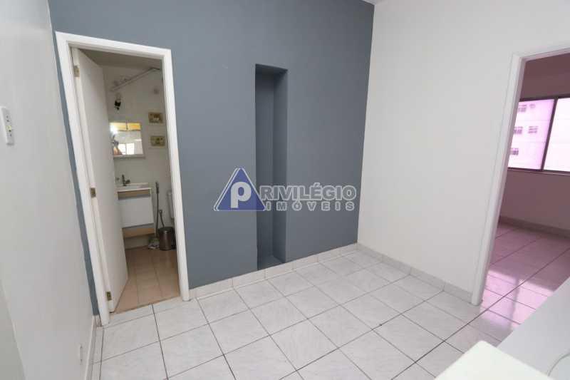 Cobertura - Botafogo - Botafogo! Sala quarto, cozinha americana, vista livre, sol matinal, condomínio barato. - HMAP10029 - 1