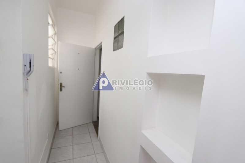 Cobertura - Botafogo - Botafogo! Sala quarto, cozinha americana, vista livre, sol matinal, condomínio barato. - HMAP10029 - 28