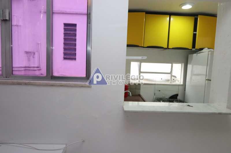 Cobertura - Botafogo - Botafogo! Sala quarto, cozinha americana, vista livre, sol matinal, condomínio barato. - HMAP10029 - 12