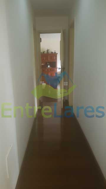 16 - Apartamento na Ribeira 4 quartos sendo 2 suítes com closet, varanda, copa, cozinha planejada, dependência completa com armário. 2 vagas de garagem. Prédio com piscina. Rua Paramopama. - ILAP40046 - 18
