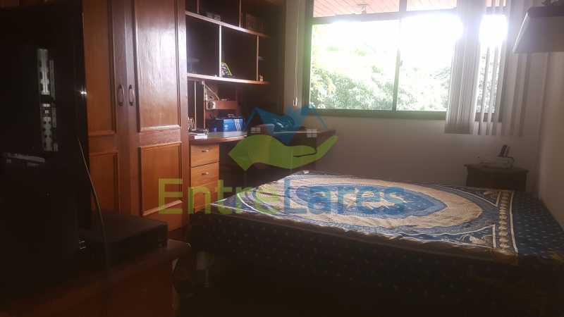 18 - Apartamento na Ribeira 4 quartos sendo 2 suítes com closet, varanda, copa, cozinha planejada, dependência completa com armário. 2 vagas de garagem. Prédio com piscina. Rua Paramopama. - ILAP40046 - 20