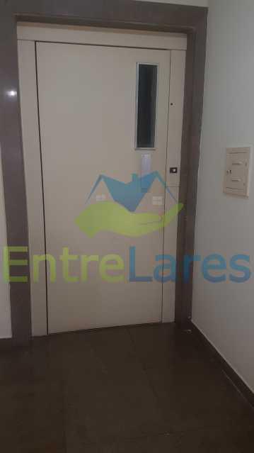 27 - Apartamento na Ribeira 4 quartos sendo 2 suítes com closet, varanda, copa, cozinha planejada, dependência completa com armário. 2 vagas de garagem. Prédio com piscina. Rua Paramopama. - ILAP40046 - 28