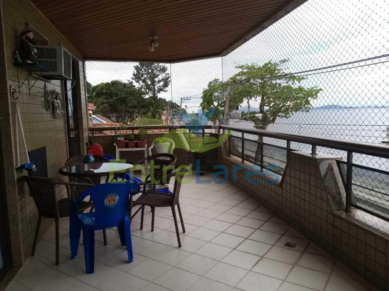 03. - Apartamento na Freguesia 3 quartos sendo 1 suíte, varanda, dependência completa, 2 vagas de garagem. Praia da Guanabara. - ILAP30243 - 3