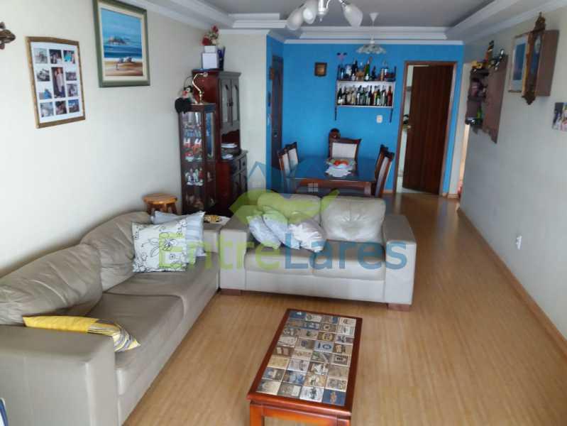 04. - Apartamento na Freguesia 3 quartos sendo 1 suíte, varanda, dependência completa, 2 vagas de garagem. Praia da Guanabara. - ILAP30243 - 5