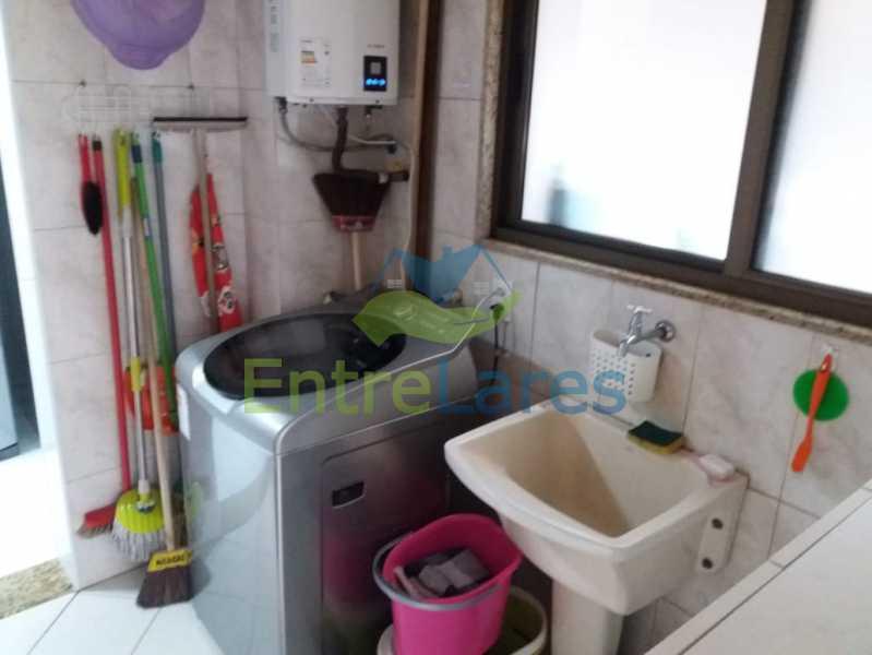 13. - Apartamento na Freguesia 3 quartos sendo 1 suíte, varanda, dependência completa, 2 vagas de garagem. Praia da Guanabara. - ILAP30243 - 12