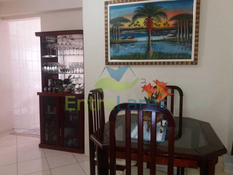4 - Casa Duplex na Portuguesa 3 quartos sendo 1 suíte, varanda, cozinha planejada, piscina, cisterna, 4 vagas de garagem. - ILCA30107 - 3