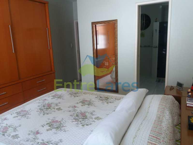 15 - Casa Duplex na Portuguesa 3 quartos sendo 1 suíte, varanda, cozinha planejada, piscina, cisterna, 4 vagas de garagem. - ILCA30107 - 9