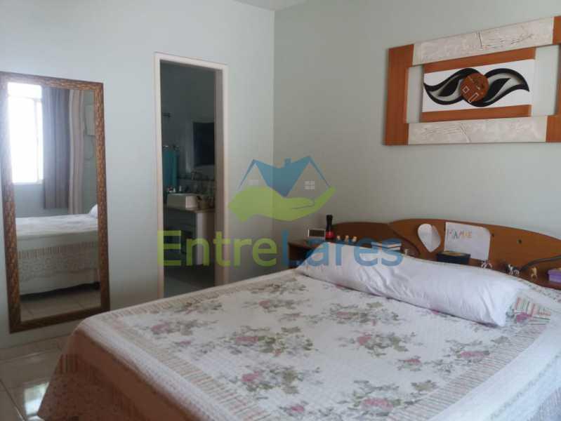 16 - Casa Duplex na Portuguesa 3 quartos sendo 1 suíte, varanda, cozinha planejada, piscina, cisterna, 4 vagas de garagem. - ILCA30107 - 10