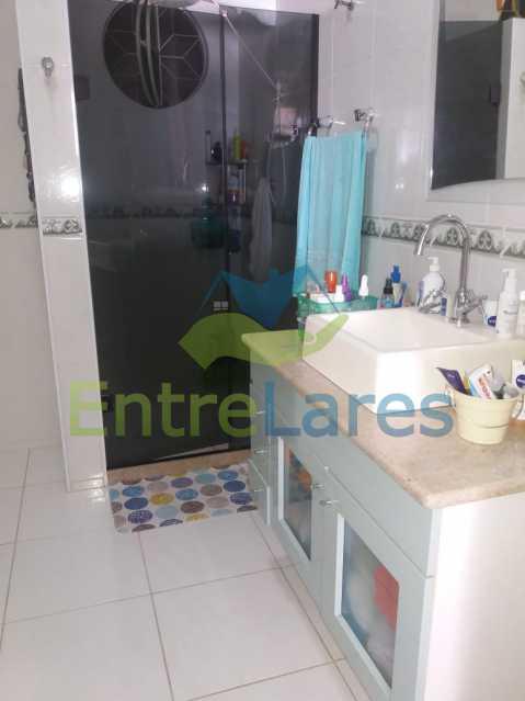 19 - Casa Duplex na Portuguesa 3 quartos sendo 1 suíte, varanda, cozinha planejada, piscina, cisterna, 4 vagas de garagem. - ILCA30107 - 18