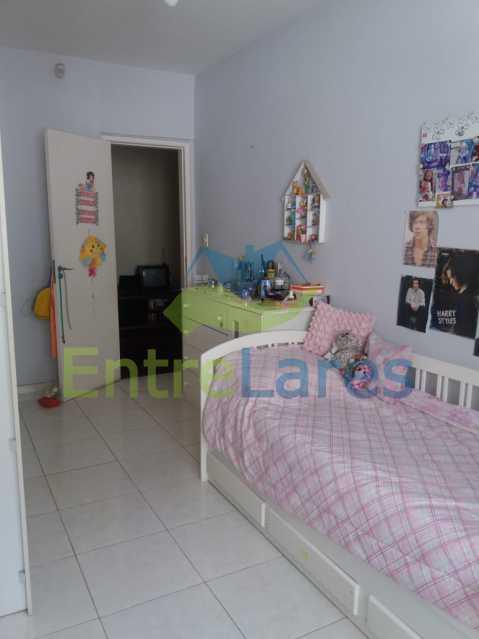 21 - Casa Duplex na Portuguesa 3 quartos sendo 1 suíte, varanda, cozinha planejada, piscina, cisterna, 4 vagas de garagem. - ILCA30107 - 11