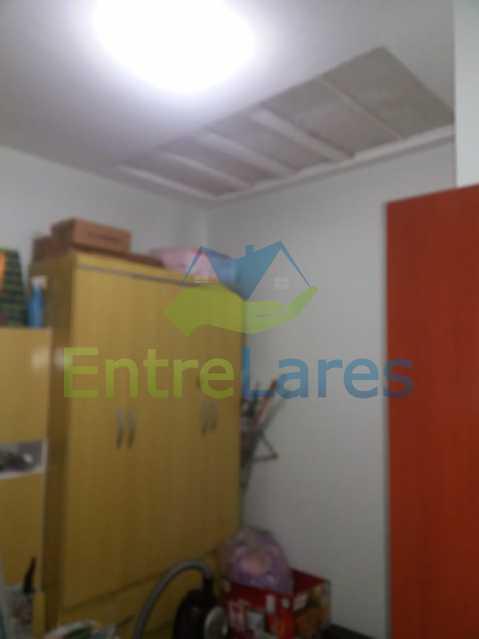 22 - Casa Duplex na Portuguesa 3 quartos sendo 1 suíte, varanda, cozinha planejada, piscina, cisterna, 4 vagas de garagem. - ILCA30107 - 22