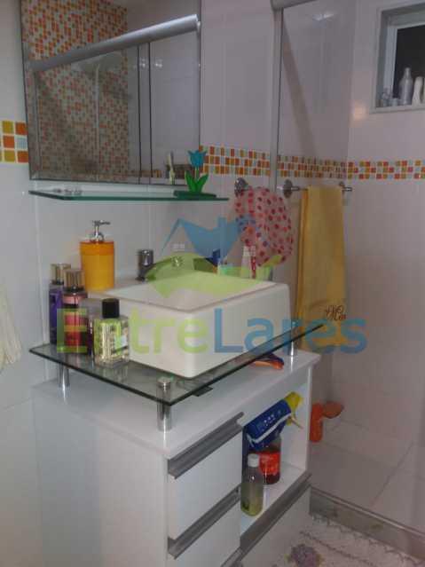 24 - Casa Duplex na Portuguesa 3 quartos sendo 1 suíte, varanda, cozinha planejada, piscina, cisterna, 4 vagas de garagem. - ILCA30107 - 21