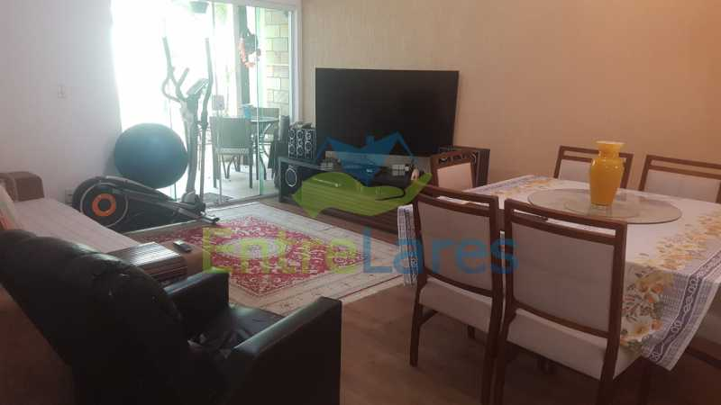 07. - Casa com possibilidade para 2 famílias. Jardim Carioca, 4 quartos sendo 1 suíte, cozinha planejada, box blindex, 2 vagas. Rua Orcadas - ILCA40075 - 8